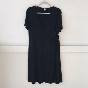 New Old Navy Black Wrap Dress